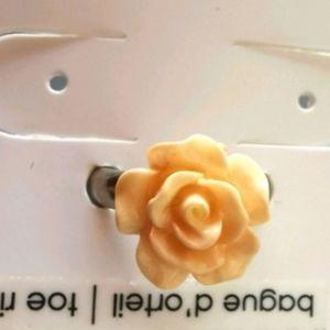 🍀3/$30  Rose flower toe ring